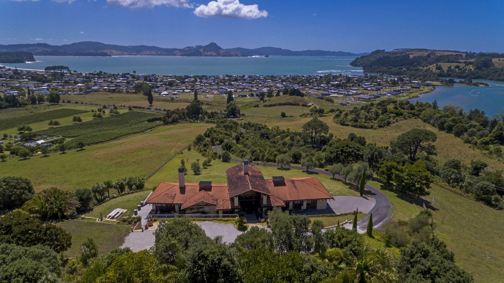 Mercury Ridge villa and view